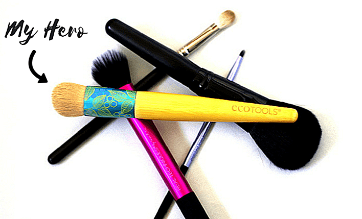 3 Skønhed Anvendelser Til Din Just-Used-But-Yet-Urensede Foundation Brush