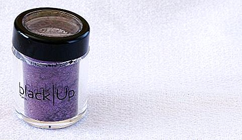 Recenzia produktu: Black Up Pearl Powder v PP15